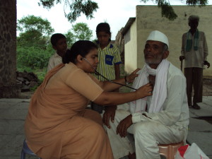 Mobile_clinic_in_the_villages